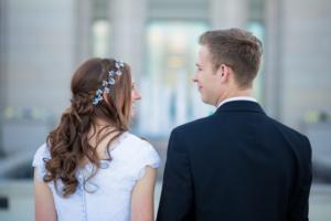 早く結婚できる効率的な婚活方法は、結婚相談所に入会すること